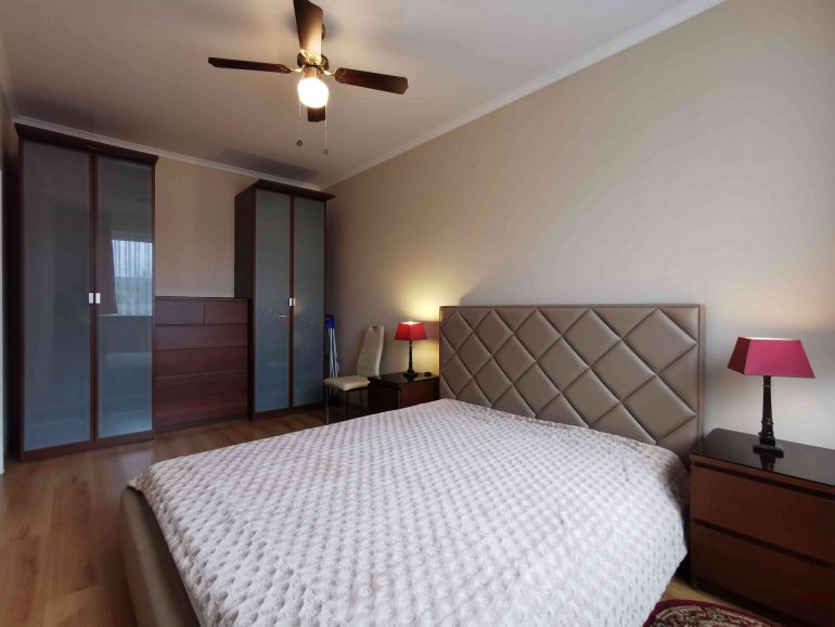 6Dwupokojowe mieszkanie na wynajem, umeblowane i wyposażone. Częstochowa, Parkitka (5)